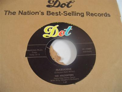 THE HILLTOPPERS - MARIANNE - DOT 15537 - { 1974